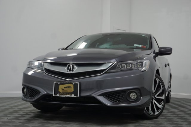 Pre-Owned 2017 Acura ILX w/Technology Plus/A-SPEC Pkg