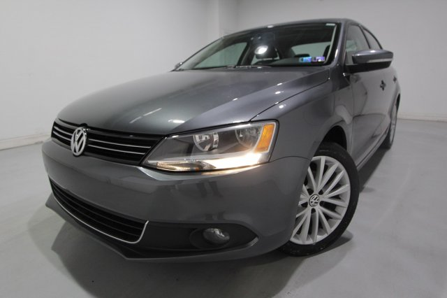 Pre-Owned 2014 Volkswagen Jetta Sedan SEL