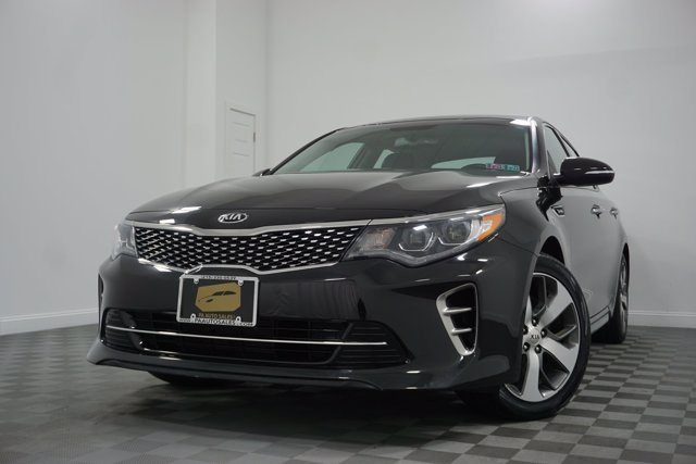Pre-Owned 2017 Kia Optima SX