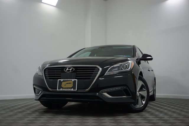 Pre-Owned 2017 Hyundai Sonata Plug-In Hybrid Limited